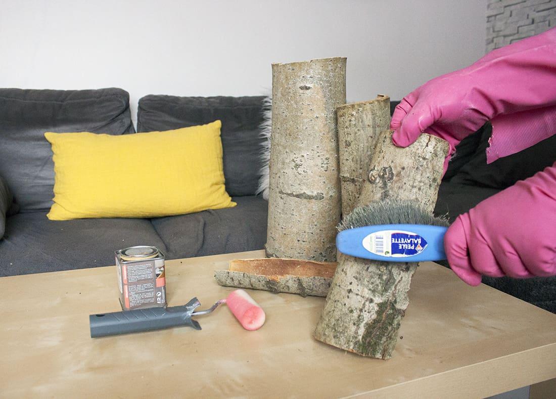 nettoyage des écorces en bois