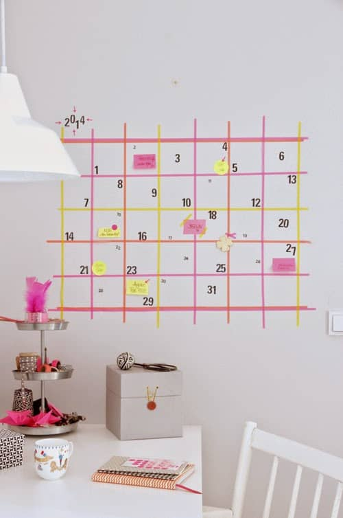 un calendrier pour organiser le bureau