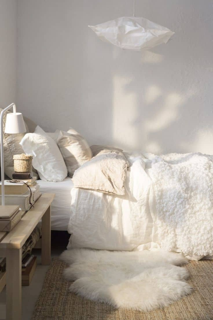 une chambre cocooning blanche