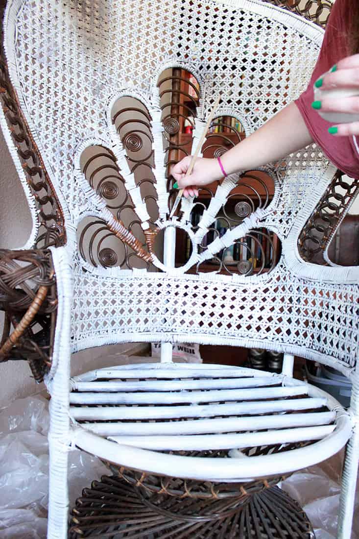 peinture ripolin fauteuil rotin