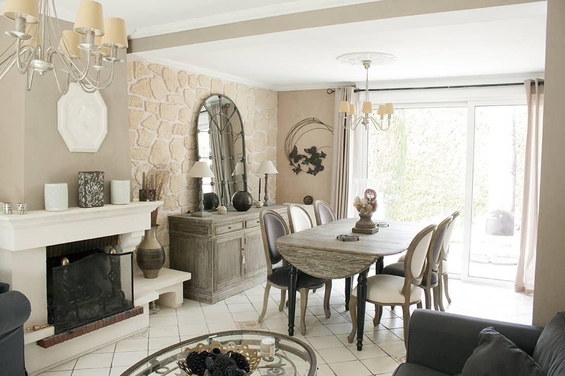 salon salle a manger avec cheminee - Visite du salon romantique de Véronique