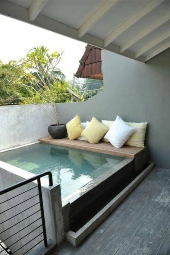 des petites piscines pour petits espaces