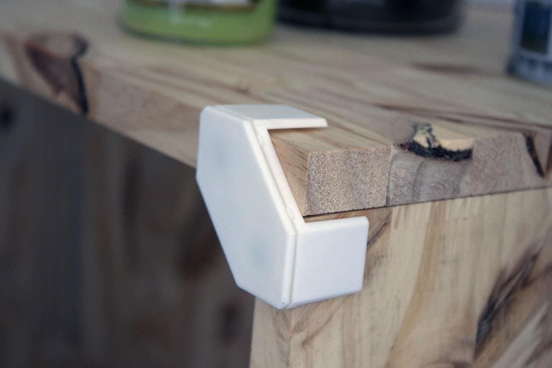 zoom systeme de fixation cubix - Cubix : un outil pratique pour l'aménagement du bureau