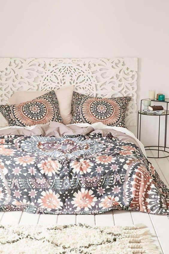 des draps de lit a fleur pour la chambre