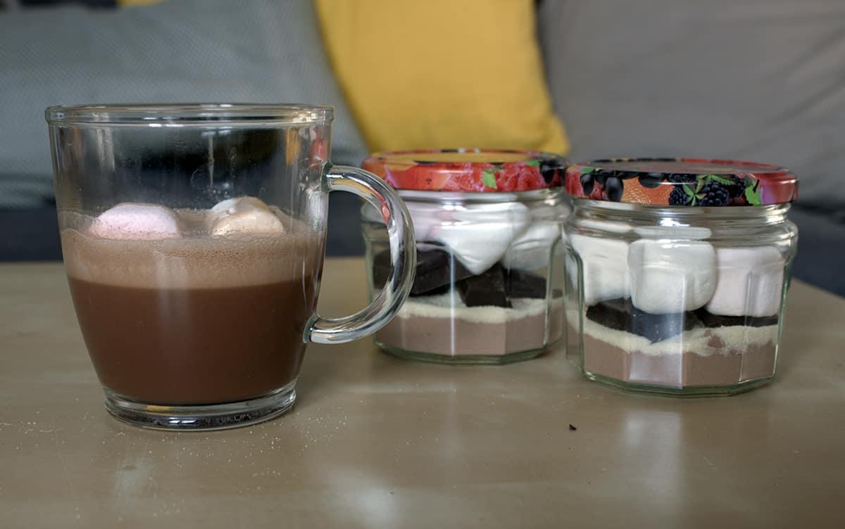chocolat chaud americain avec des mason jar