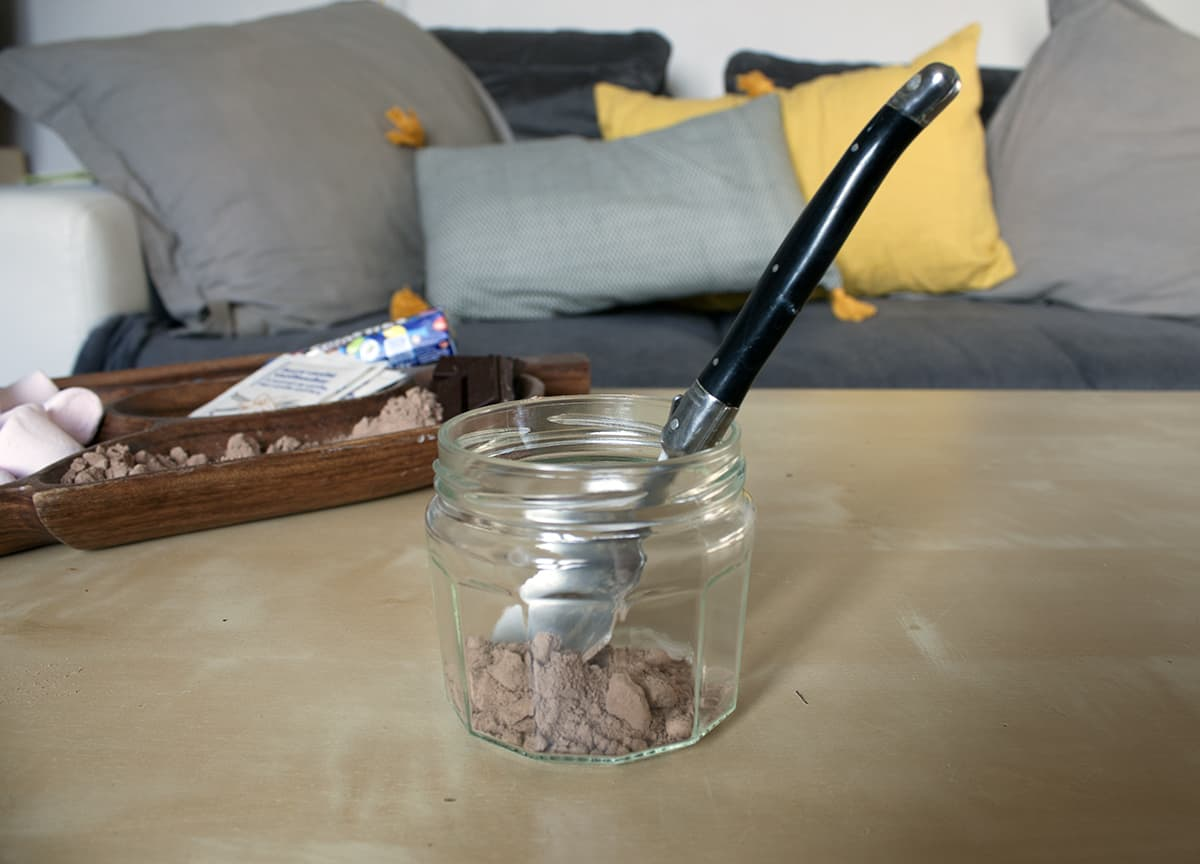 premiere etape du mason jar chocolat chaud americain