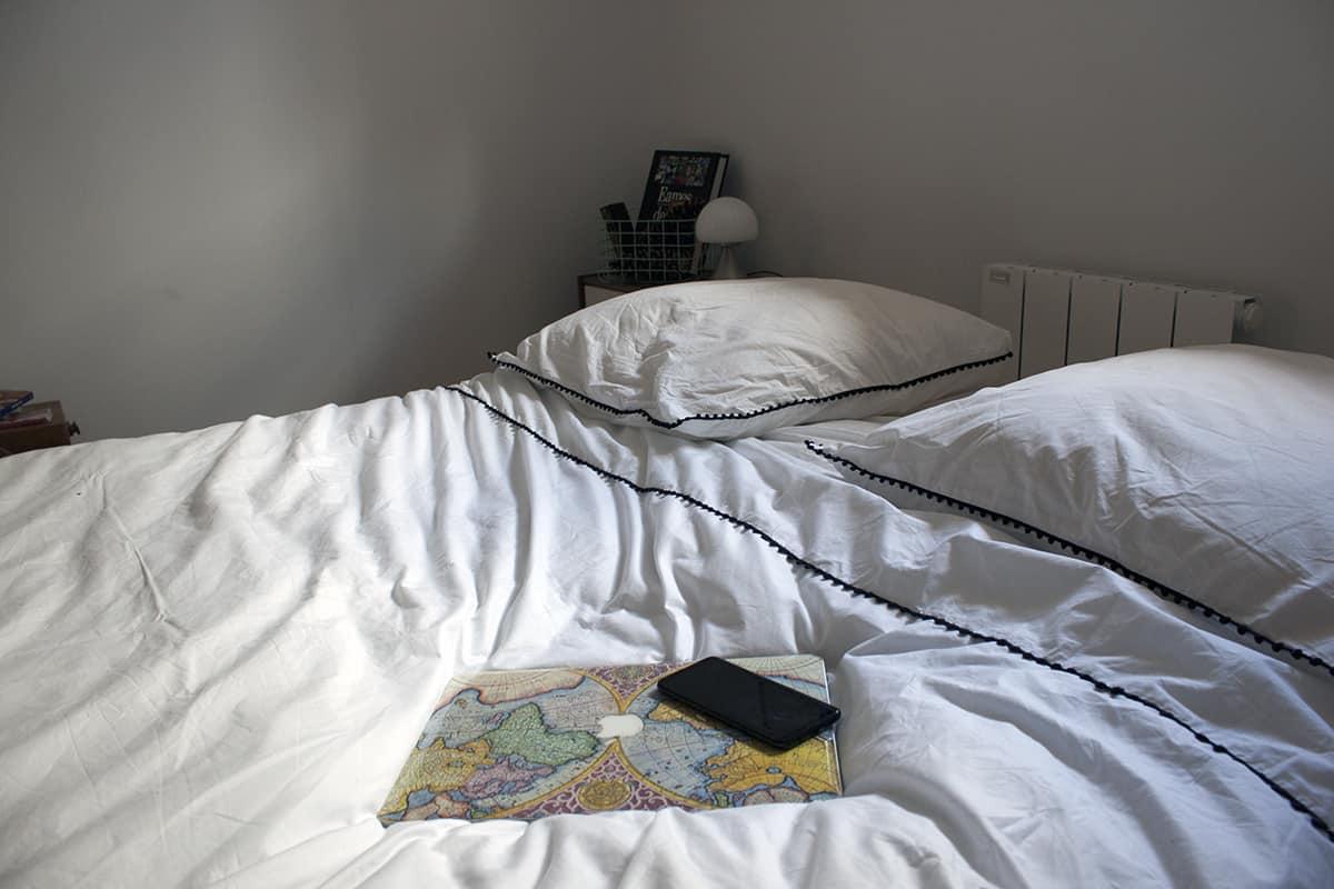 linge de lit blanc dans chambre boheme - J'ai testé pour vous le linge de lit blanc avec La Compagnie du Blanc