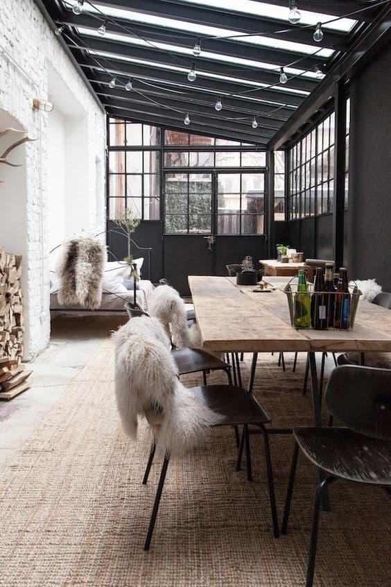 verriere salle a manger noir - Noir : comment bien intégrer cette couleur à sa décoration