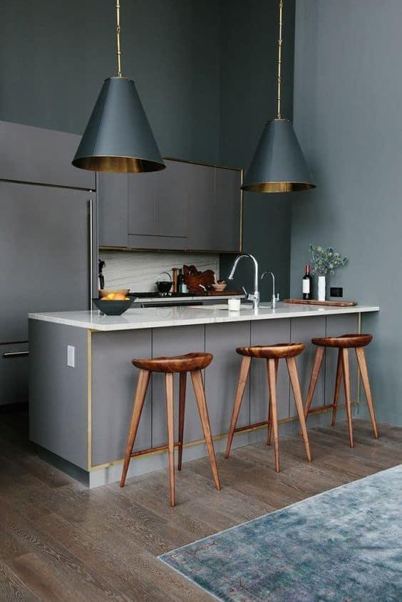 du cuivre sur ilot central dans cuisine
