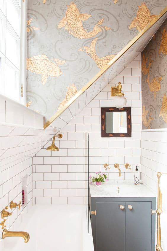 salle de bain deco doree
