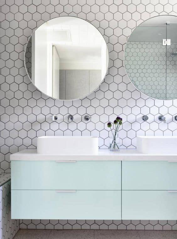 salle de bain miroir arrondi
