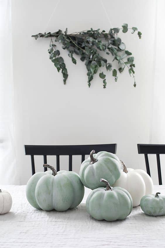 idees diy citrouille dhalloween pastel  - 15 DIY originaux pour décorer la citrouille d'Halloween