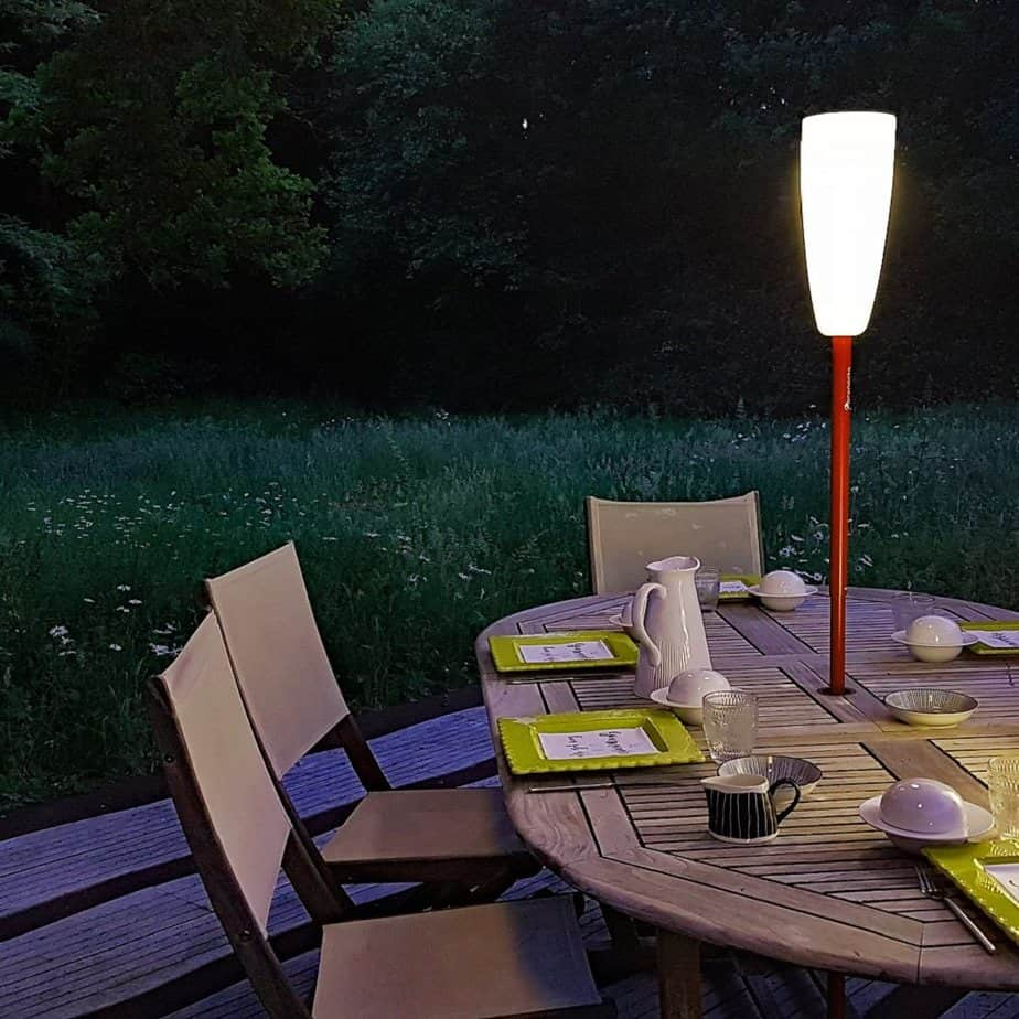 lampadaire paranocta table jardin