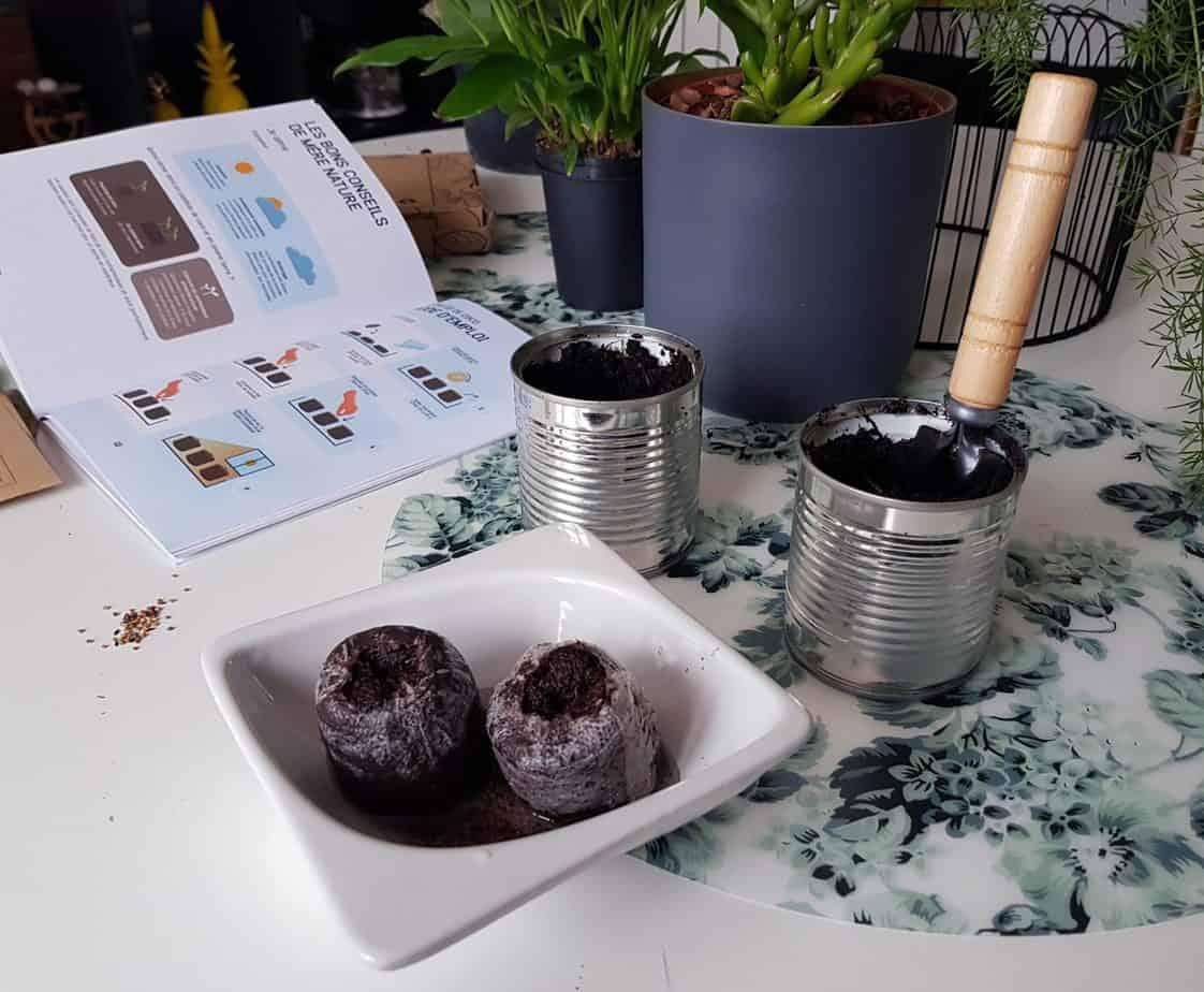 utilisation du contenu jardin de la box mon petit coin vert 2048x1687 - Mon Petit Coin Vert, une box de jardinage