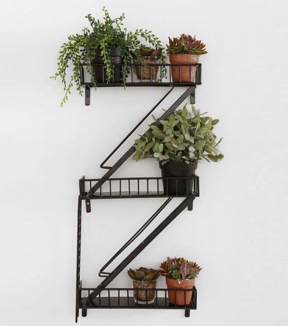 etagere fire escape Saint-Valentin
