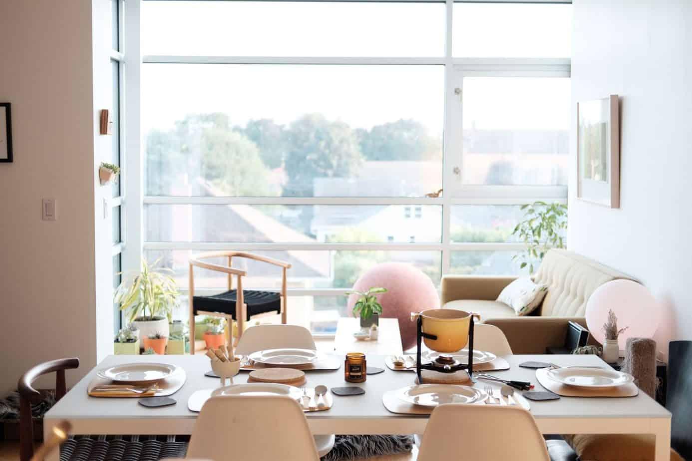 grovemade 239354 unsplash 2 2048x1365 - DIY déco : comment décorer son intérieur sans engager un designer ?