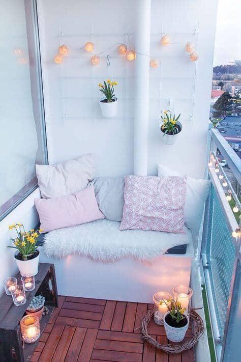 petit balcon idee amenagement cosy et pratique box rangement - 8 DIY pour décorer le balcon