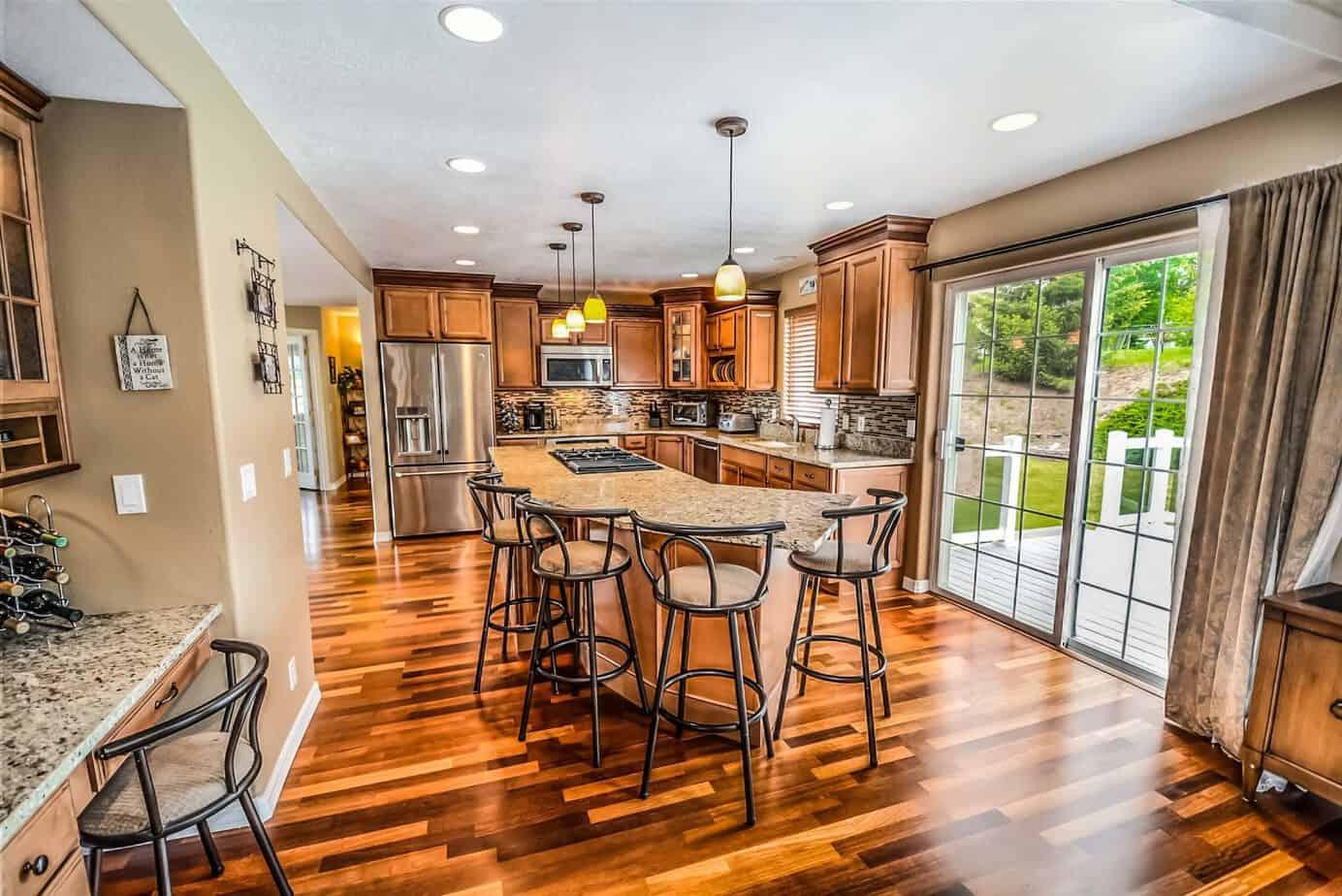 a l interieur appareils electromenagers architecture 534151 2048x1367 - La plancha pour une décoration moderne de la cuisine