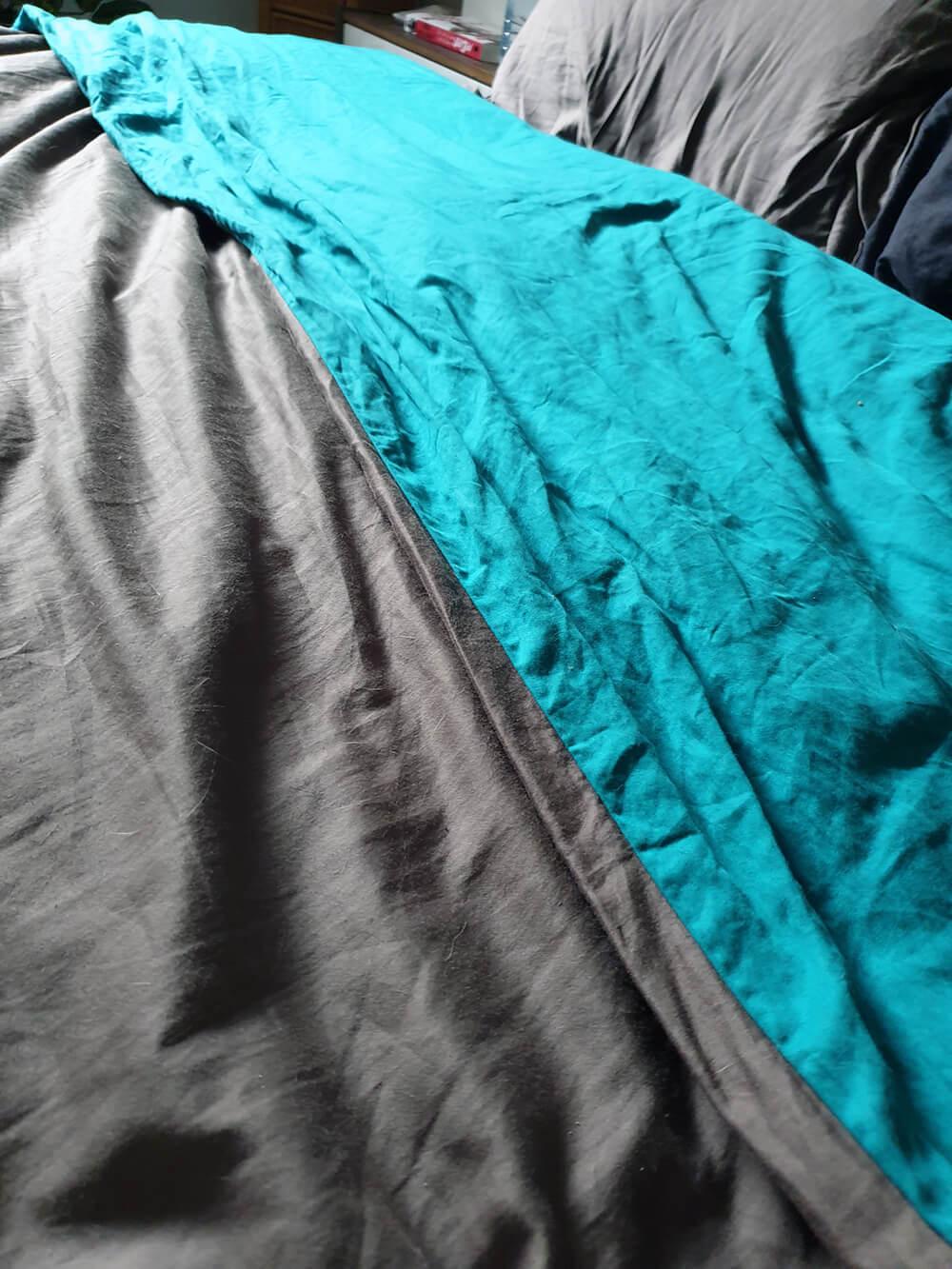 linge de lit ligne du blanc bleu et gris - Le linge de lit Ligne du Blanc et le satin de coton