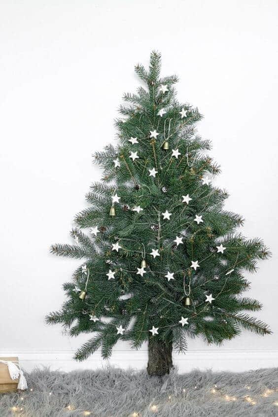 fabriquer le sapin avec des tasseaux  - 10 idées pour fabriquer le sapin de Noël