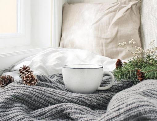 Comment créer une ambiance ressourçante à la maison en hiver ?